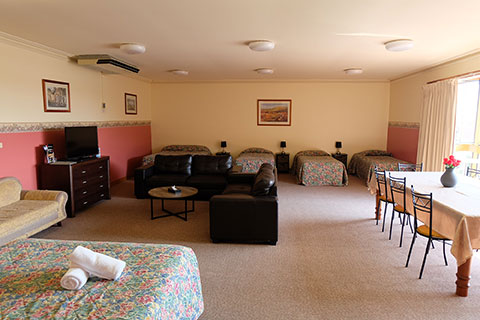 Thornbury Family Accommodation